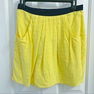 BCBG MAX AZARIA Silk Skirt With Pockets Size 2